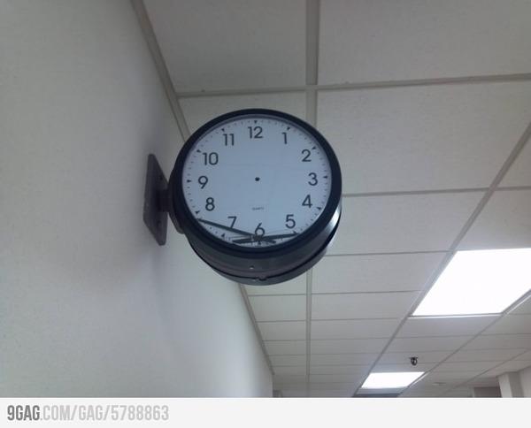 9gag_relojroto.jpg